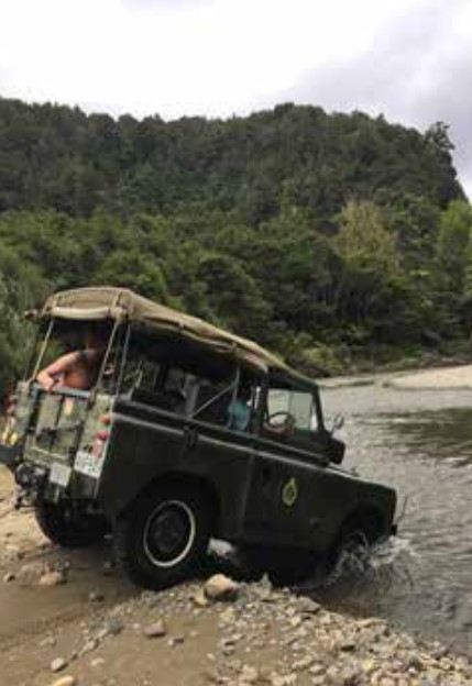 series land rover dropping into a east coast river #nzmvc #landrover New Zealand Military Vehicle Club Inc